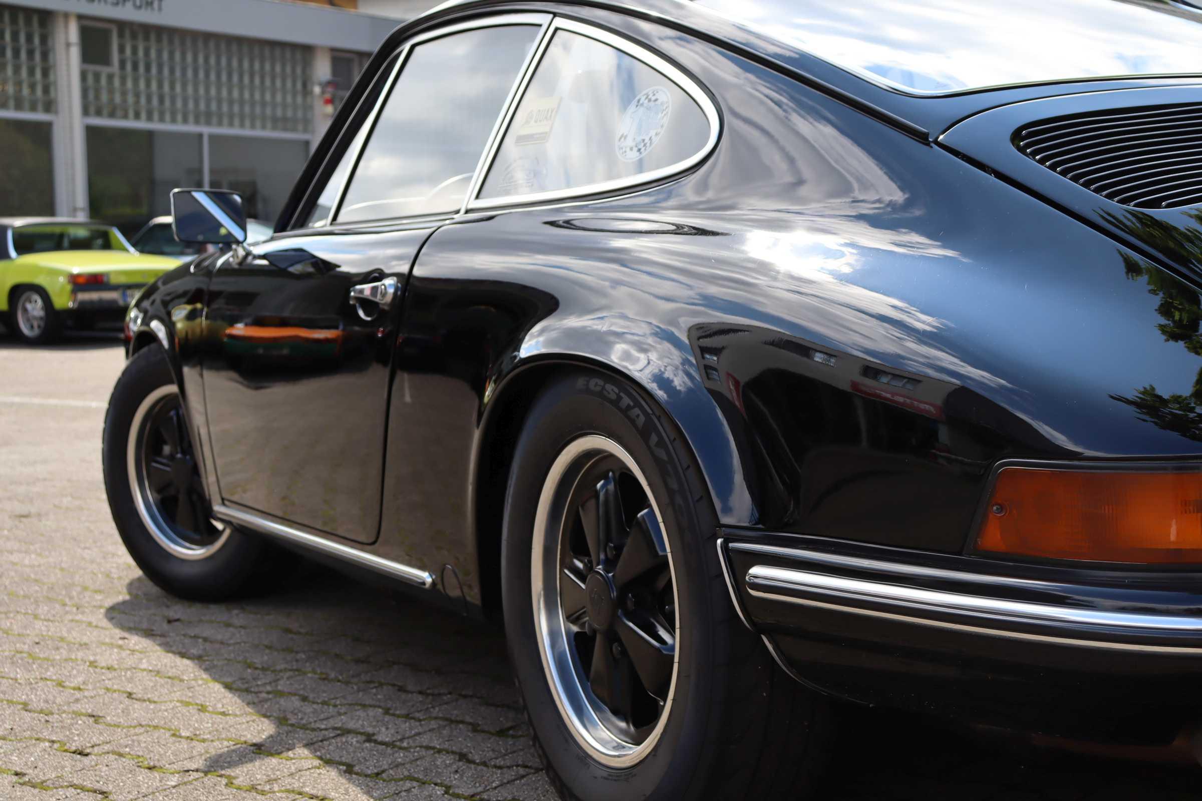 Porsche 911 T mit Sportmotor (240 PS), sowie Originalmotor
