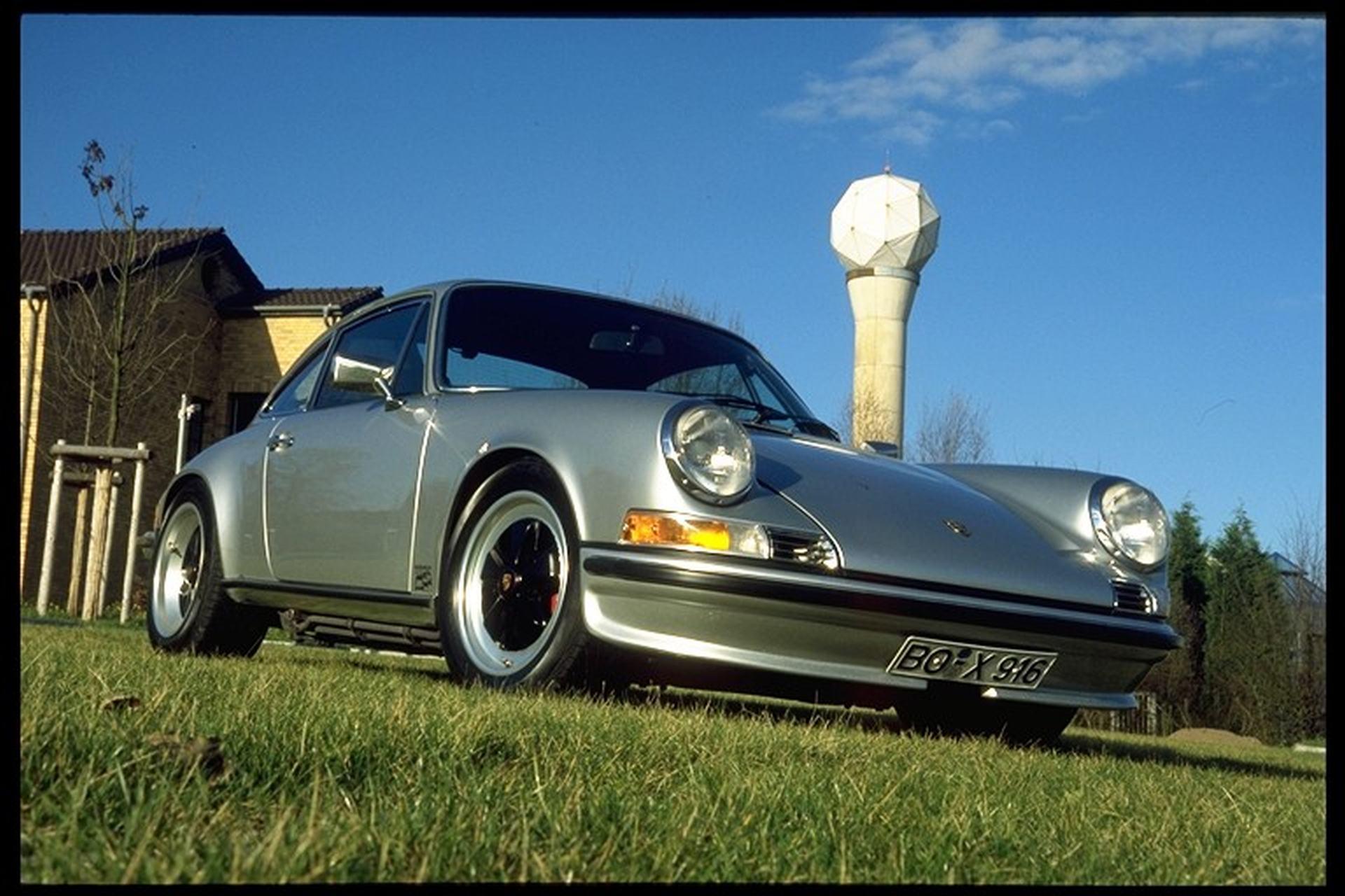 Porsche 911E von 1970 mit moderner Technik